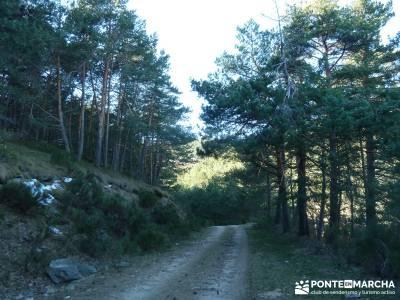 Chorro de San Mamés - Montes Carpetanos - trekking;sendero norte rutas navarra senderismo